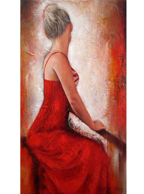 red-elegance-natalie-dyer